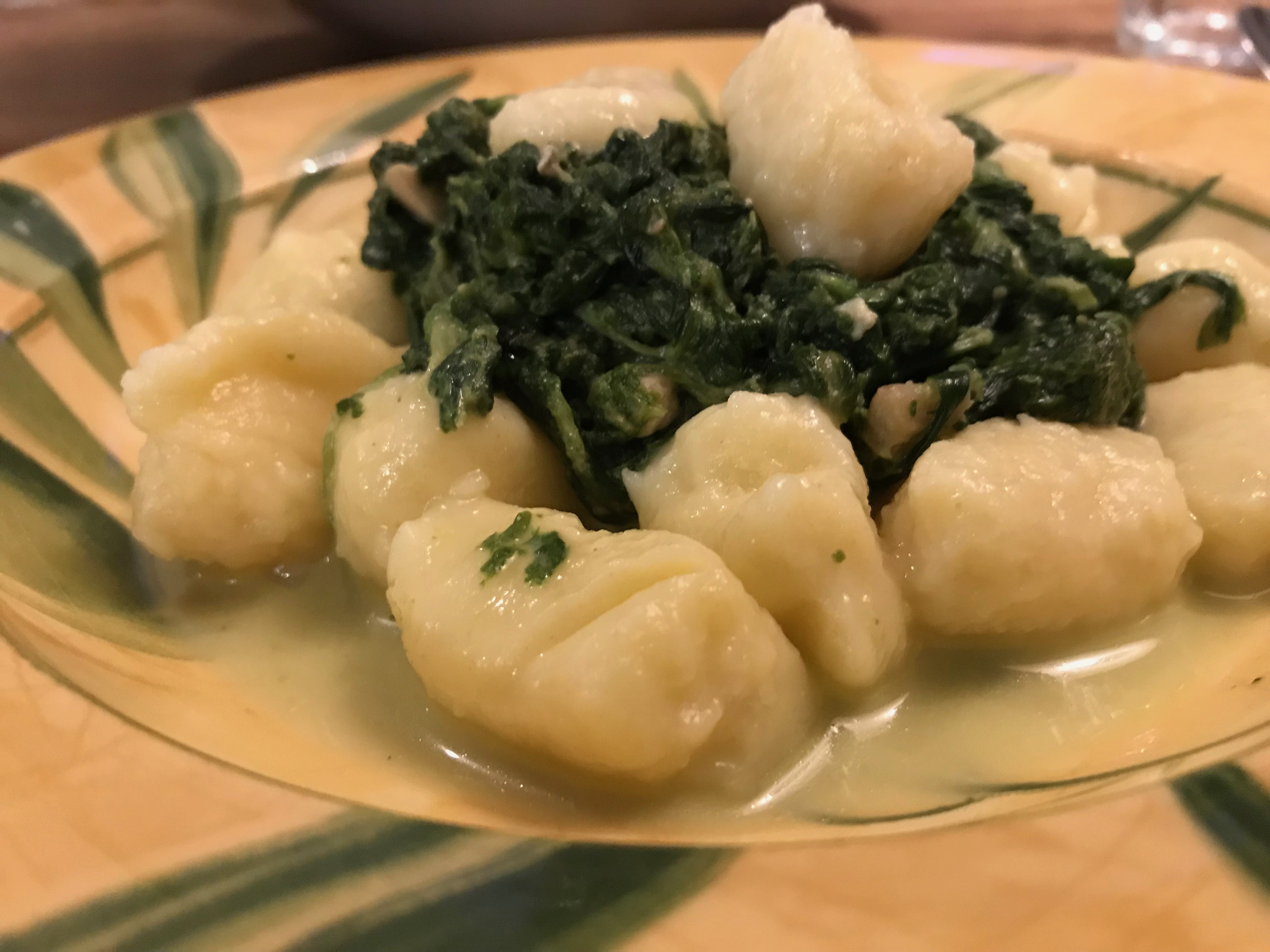 Zelfgemaakte aardappel Gnocchi met parmezaan