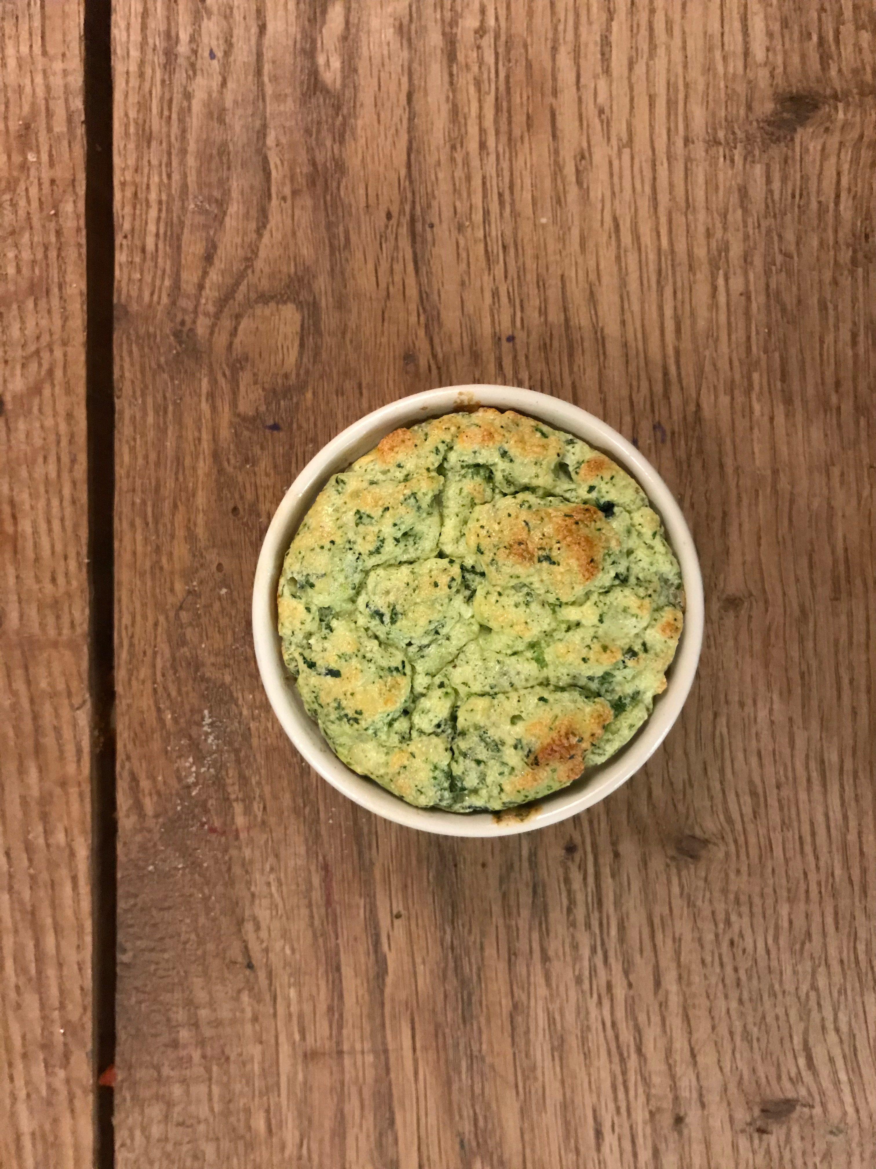 overheerlijke souffle met kaas en spinazie