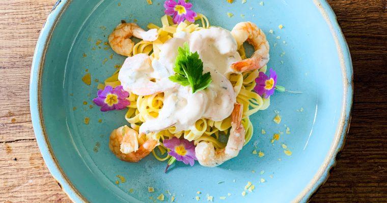 Spaghetti met garnalen in pastis dragon roomsaus